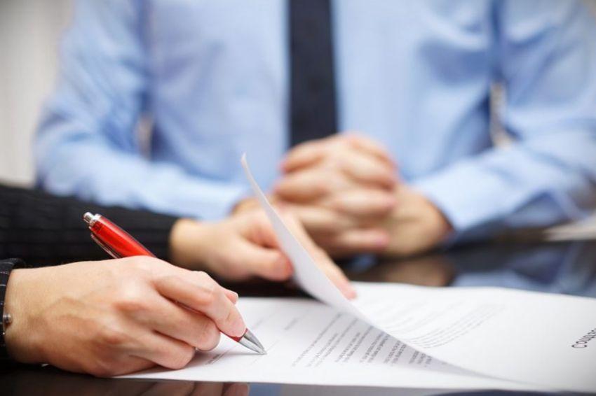 como hacer un contrato de trabajo