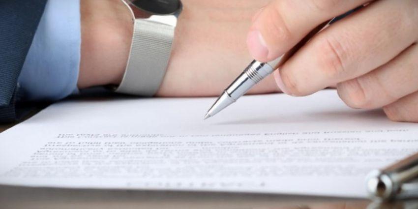 contrato obra y servicio paro